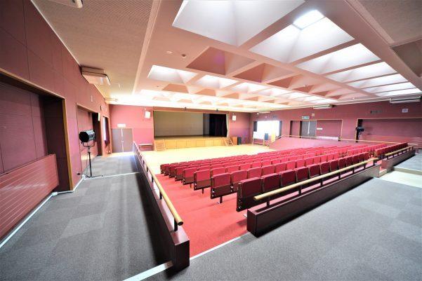 九里学園センターホール